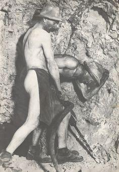 Sergej Protopopov - Baníci v šachte František III. Art, Fotografia, Art Background, Kunst, Performing Arts, Art Education Resources, Artworks