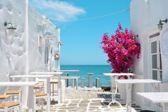 Paros, Greece is a beautiful island found in the Cyclades. Read more about this charming island, how to get there, what to do, and where to stay! Best Beaches To Visit, Places To Visit, Mykonos, Paros Greece, Greece Art, Greece Hotels, Greece Travel, Greece Vacation, Travel Europe