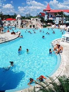 Disney's Caribbean Beach Resort, Poolside