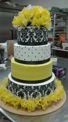 Weddings, Cake, Desserts, Food, Pie Cake, Tailgate Desserts, Bodas, Pie, Deserts