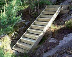 Landscape Stairs, Landscape Curbing, Hillside Landscaping, Patio Stairs, Garden Stairs, Small Gardens, Outdoor Gardens, Cottage Stairs, Diy Terrasse