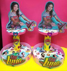 Centros de mesa principal de Soy Luna. Ideal para colocar cupcakes, galletas decoradas, caramelos, chupetes. Útil y decorativo a la vez