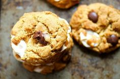 Vegan S'mores Chocolate Chip Cookies - Namely Marly