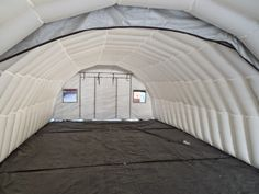 Arbeidstelt LDF 3005 - 90(76) m². Kunde: Ch Prosjekt. Brukes primært i forbindelse med støping av gummi og legging av brostein. Mål : Utvendig(innvendig) 15m(L) x 6(5,1)m(B) x 3(2,6)m(H)
