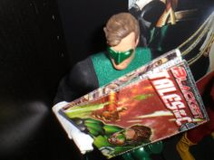 Green Lantern Green with envy over his own wallet