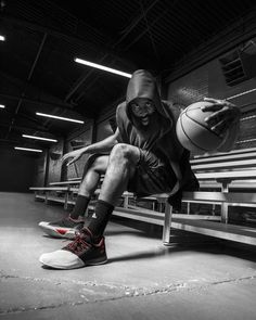 Adidas -Harden Wake the game up #adidas #basketball #nba #harden #sportwear #sportsaparrel #basketbalshoes #basketball