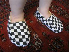 i am an artist.: Little Slippers DIY