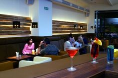 lutz - die bar auf city-rausch.de Beste Hotels, Restaurant, Bar, Nightlife, Mesh, Viajes, Diner Restaurant, Restaurants, Dining