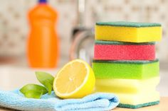 It& time to bring nature into your household with the fresh, cleaning power of essential oils. Whether you are looking for an all-natural cleaning spray, Cleaning Spray, Green Cleaning, Spring Cleaning, Cleaning Sponges, Kitchen Cleaning, Cleaning Recipes, Cleaning Hacks, Cleaning Checklist, Putz Hacks