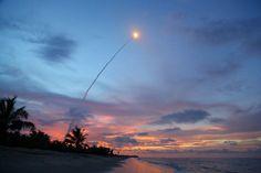 Décollage d'une fusée Ariane à Kourou - Guyane française