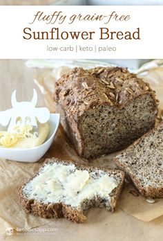 This sounds delicious! I love nutty bread! Fluffy Grain-Free Sunflower Bread from the KetoDiet Cookbook (low-carb, keto, paleo) Carb Free Bread, Best Low Carb Bread, Grain Free Bread, Lowest Carb Bread Recipe, Keto Bread, Low Carb Keto, Carb Free Crackers Recipe, Rye Bread, Gluten Free Baking