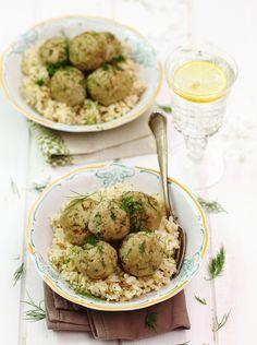 Klopsiki drobiowe ekspresowe  Sałatka zwołowiną #lunch #kolacja #przepisy #klopsiki #kurczak #POLOmarket