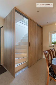 #Trapkast. #Schuifdeurkast op #maat laten maken? Kies voor #maatwerk van #elkekastopmaat Decor, Stairs Design Interior, Furniture, Room, Small Spaces, Interior, Home, Stair Renovation, Interior Design