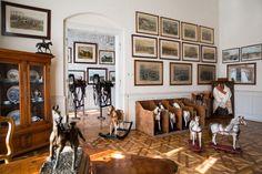 Expozice na zámku ve Slatiňanech