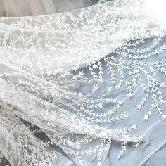 Off-white листья деревьев Полный вышитые Кружева Ткани свадебное платье ткань Ширина 135 см 1 метр