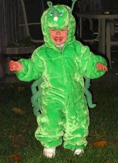 Blog about hilarious Halloween costume FAILS  LOL Funny Stories, Horror Stories, Halloween Costume Fails, Funny Baby Pictures, Funny Babies, Rain Jacket, Hilarious, Blog, Kids