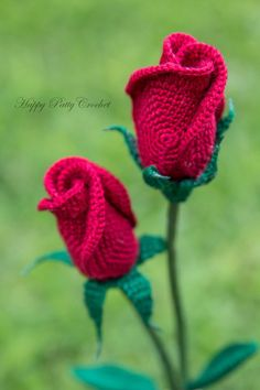 Closed Rose Pattern by Happy Patty Crochet Bouquet Crochet, Crochet Puff Flower, Crochet Flower Patterns, Crochet Flowers, Free Crochet Rose Pattern, Crochet Stars, Mode Crochet, Easy Crochet Projects, Crochet Gifts