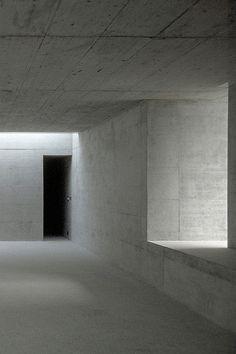 Room for art in Zumikon—Fuhrimann Hächler Architects