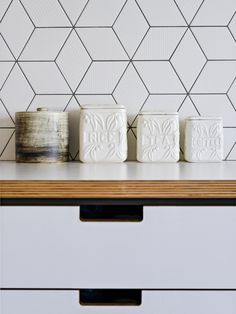 Mutina tex in white with light grey grout – bathroom and kitchen backsplash idea Rustic Kitchen Decor, Kitchen Interior, Kitchen Design, Rhombus Tile, Tiles Uk, Contemporary Family Rooms, Kitchen Backsplash, Backsplash Ideas, Home Renovation