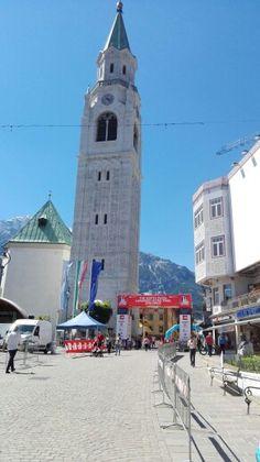 Cortina, Main street