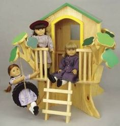 American Girl treehouse...Maybe someday Tom can try and make this!