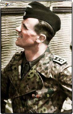 SS-Hauptscharführer Hans Höflinger - schwere SS-Panzer-Abteilung 101 (Tiger Nº 213/1st Platoon of Wittmann's second Kompanie)