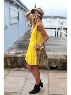 Fashion Blogger Jessica Stein of Tuula