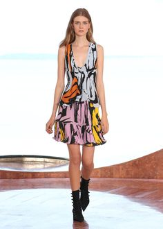 CRUISE 2016 FASHION SHOW / Ready-to-wear / Woman / Dior official website