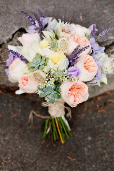 We love a pink-filled bouquet. Photography by , Floral Design by. This is very similar to the bouquet that i had at my wedding- david qustin roses and lavander Mod Wedding, Floral Wedding, Wedding Flowers, Dream Wedding, Trendy Wedding, Bouquet Wedding, Wedding Lavender, Bridal Bouquets, Wedding Table