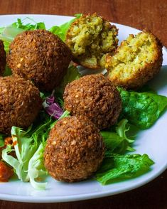 Falafels, Go Veggie, Vegetarian Recipes, Healthy Recipes, Healthy Food, Savory Snacks, Arabic Food, No Cook Meals, Tapas