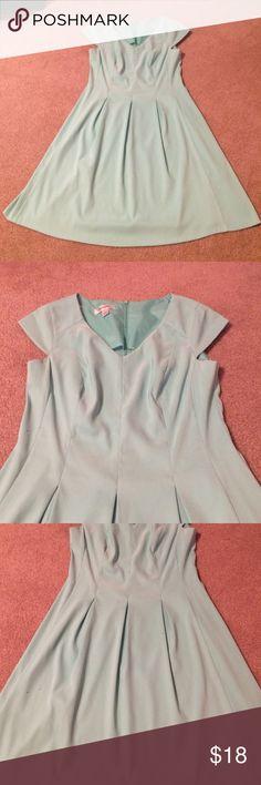 Dressbarn teal dress size 8 Dressbarn teal dress, size 8, v neck, cap sleeves, pleats Dress Barn Dresses Midi