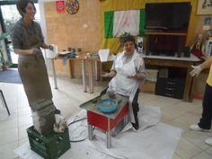 Progetto integrato adulti R.S.A  e bambini di scuole materne,elementari e medie. La lavorazione del tornio.