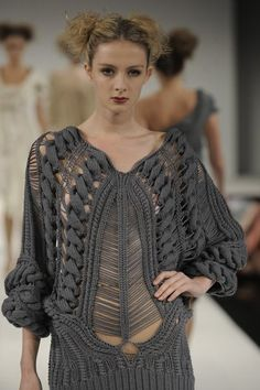 ria5CROCHET AND TRICOT INSPIRATION: http://pinterest.com/gigibrazil/crochet-and-knitting-lovers/