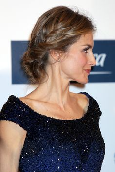 King Felipe & Queen Letizia attends the anniversary of 'El Mundo' newspaper Queen Rania, Queen Letizia, Beautiful Evening Gowns, Hair Heaven, Crown Princess Victoria, Models Makeup, Light Blonde, Hollywood Fashion, Hair Dos
