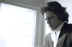 Benicio del Toro photo:sam-taylor-wood-men-crying