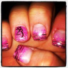 Love the zebra print! I think the ring finger should be a different color tho! Pink Camo Nails, Camo Nail Art, Camouflage Nails, Zebra Nails, Nails Only, Love Nails, Pretty Nails, Camo Nail Designs, Nail Art Designs