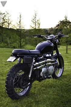 Vintage Motorcycles Triumph Scrambler Bonnefication - This 2006 Triumph Scrambler belongs to Javier Alonso who lives in Santander northern Spain Triumph Motorbikes, Cool Motorcycles, Triumph Motorcycles, Vintage Motorcycles, Triumph Bonneville, Street Scrambler, Scrambler Motorcycle, Triumph Scrambler Custom, Motorcycle Hair
