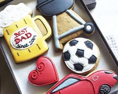 Best Dad Birthday Personalised Cookie Gift Box - Beer Mug, BBQ Grill, Porsche, Football Ball & Red Heart - 5 Pieces by Cookie-Art London on Gourmly Mother's Day Cookies, Iced Cookies, Royal Icing Cookies, Cookies Et Biscuits, Cupcake Cookies, Sugar Cookies, Dad Birthday Cakes, Birthday Cupcakes, Birthday Fun
