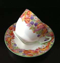 Royal Paragon Garden Fine Bone English China Tea Cup / Vintage Tea Cup / Tea Party / Vintage Tea Set