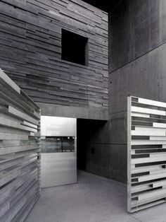 Architects: Abalo Alonso Arquitectos – Elizabeth Abalo, Gonzalo Alonso  Location: Galicia, Spain  Collaboration: Carlos Bóveda, Juan A. Pérez Valcárcel  Completion: 2010  Photographs: Santos Diez / Bisimages