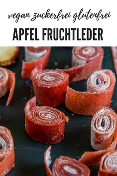 Fruit leather – healthy sweetness without white sugar – Mrs Flury – healthy eating & living - Rezepte Ideen Healthy Fruits, Healthy Sweets, Healthy Foods To Eat, Healthy Snacks, Healthy Eating, Dessert Halloween, Pumpkin Spice Cupcakes, Yummy Cakes, Nutrition