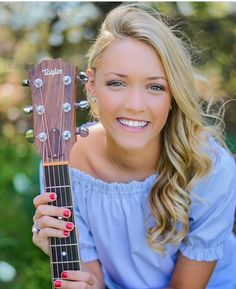Watch Emily Ann Roberts of Team Adam performed her version of ...