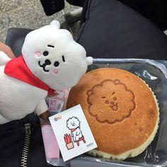 Dorayaki Receta, Bts Cafe, Birthday Cake Pinterest, Snack Recipes, Snacks, Tasty, Yummy Food, Cupcakes, Cafe Food