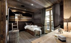 THE PETIT CHATEAU, a beautiful chalet in Courchevel