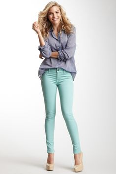 skinny jeans + chambray