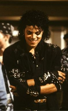 Michael Jackson. I love his smile😍😍😍