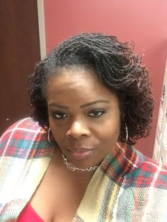 how-to-do-hair-in-a-classic-french-twist - Fab New Hairstyle 1 New Short Hairstyles, African Hairstyles, Black Women Hairstyles, Work Hairstyles, Dreadlock Hairstyles, Hairstyle Trends, Natural Hair Styles, Short Hair Styles, Locs Styles