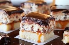 Must Make: Cookie Dough Billionaire Bars. The most amazing dessert you can bring to a potluck ever. 4 Layers of Shortbread, Salted Caramel Sauce, Cookie Dough, and homemade Chocolate Ganache. Fun Desserts, Delicious Desserts, Dessert Recipes, Yummy Food, Eat Dessert First, Dessert Bars, Brownies, Cookie Dough Bars, Cookie Crust
