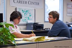 How the College Career Office Can Help Your College Student | College Parents of America