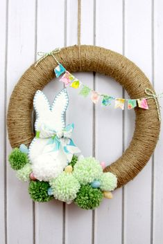 The Pom-Pom Wreath | Welcome springtime guests with one of these 10 DIY wreaths.